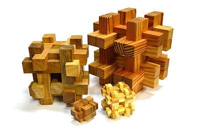 400px-Burr_Puzzles